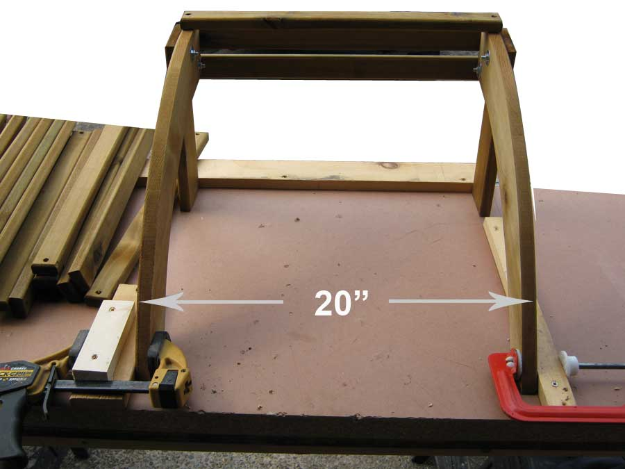 spacing the footstool at 20 inches
